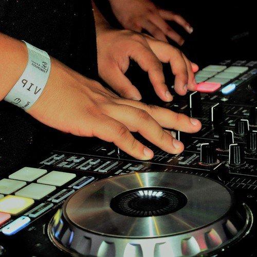 Como Antes (Esenciamix) (Full Song) - DJ Bear - Download or