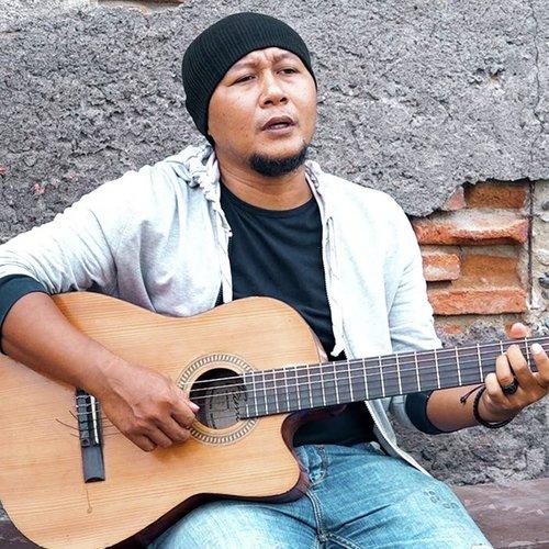 Ya Habibal Qolbi (Full Song) - Eko Sukarno - Download or
